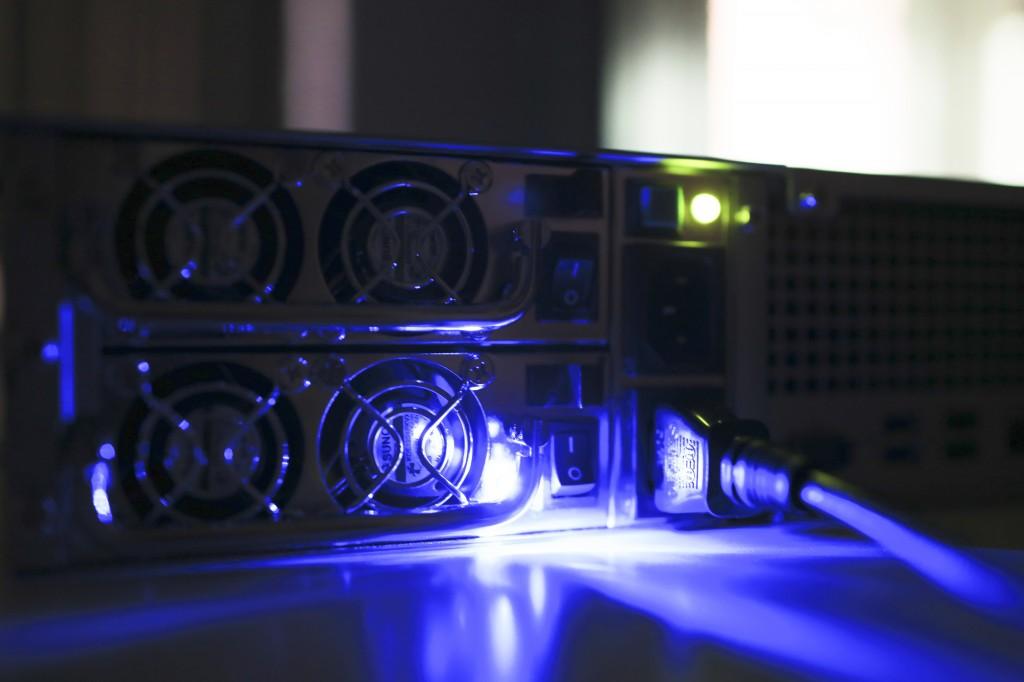 mns-giai-phap-nas-luu-tru-dong-bo-du-lieu-data-server-doanh-nghiep-ho-chi-minh-da-nang-ha-noi_synology_019