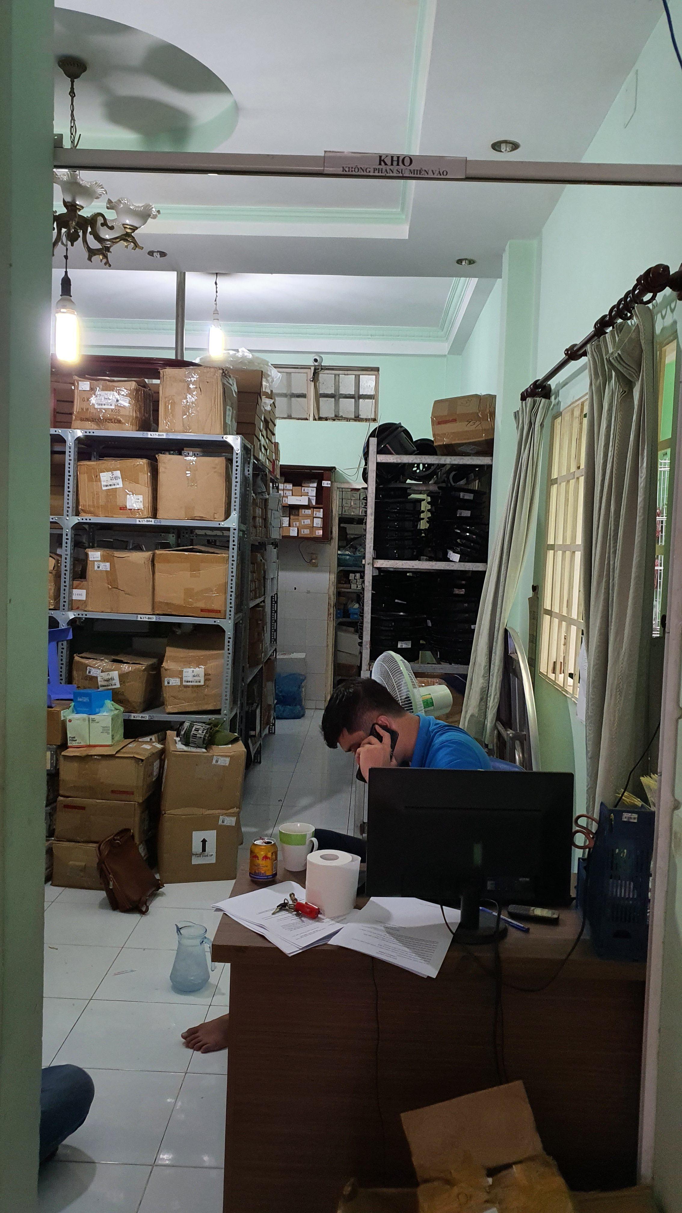 Các bạn nhân viên luôn tập trung trong quá trình làm việc